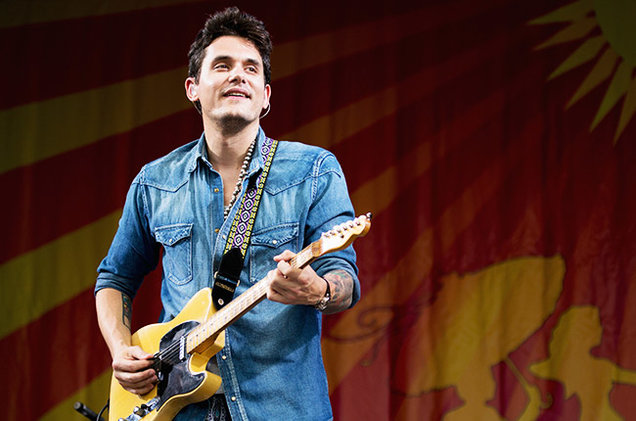 john-mayer-performs-during-the-2013-new-orleans-jazz-heritage-music-festival-2013-billboard-650