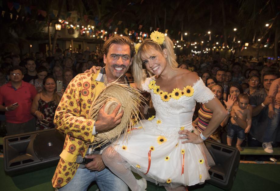 São João do Beach Park com Deborah Secco e Henri Castelli - Crédito Felipe Panfili
