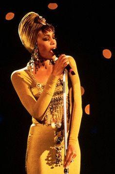 Figurino usado por Whitney na África do Sul, em 1994